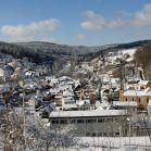 Blick von Osten über Heigenbrücken im Winter